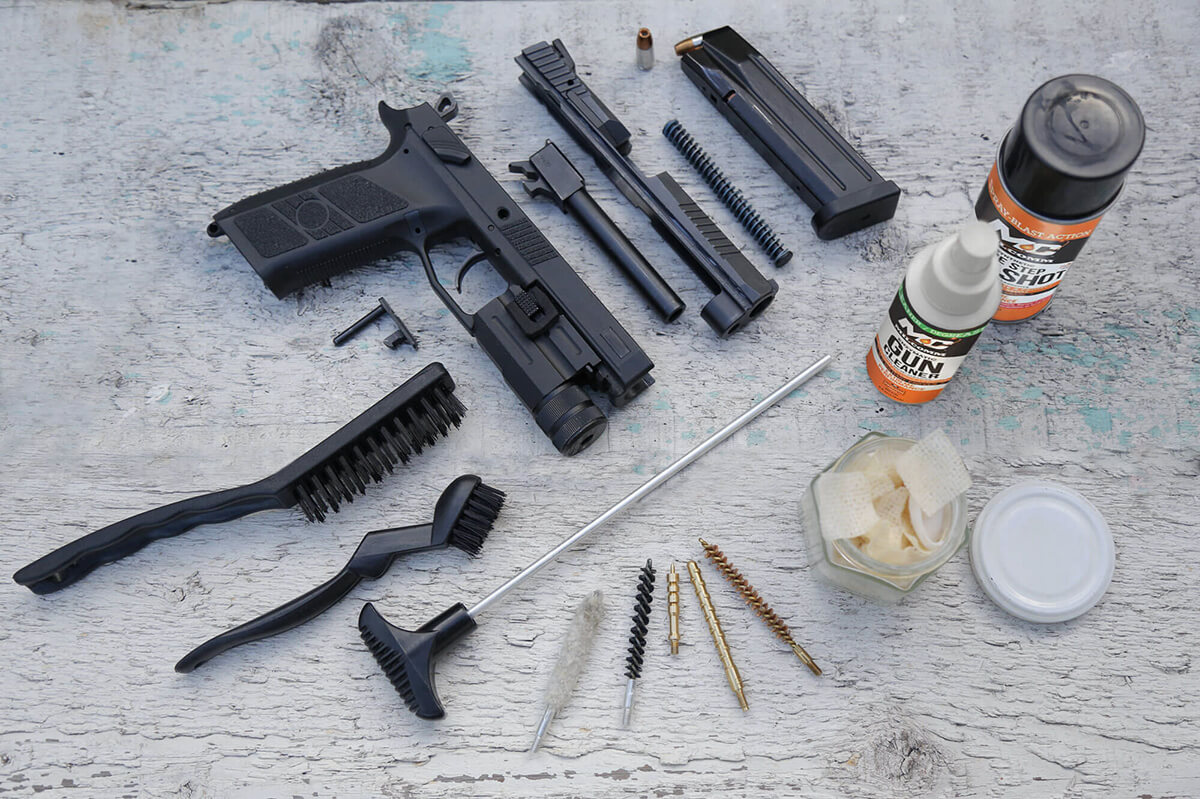 mil-comm gun cleaning kit